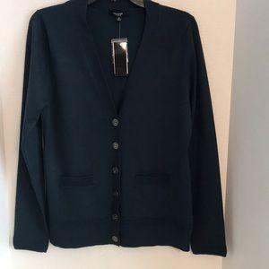 🦋 NWT Premise Studio women's button down sweater